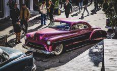 Выставка классических и кастомных автомобилей WHEELS AND CHAINS 2021